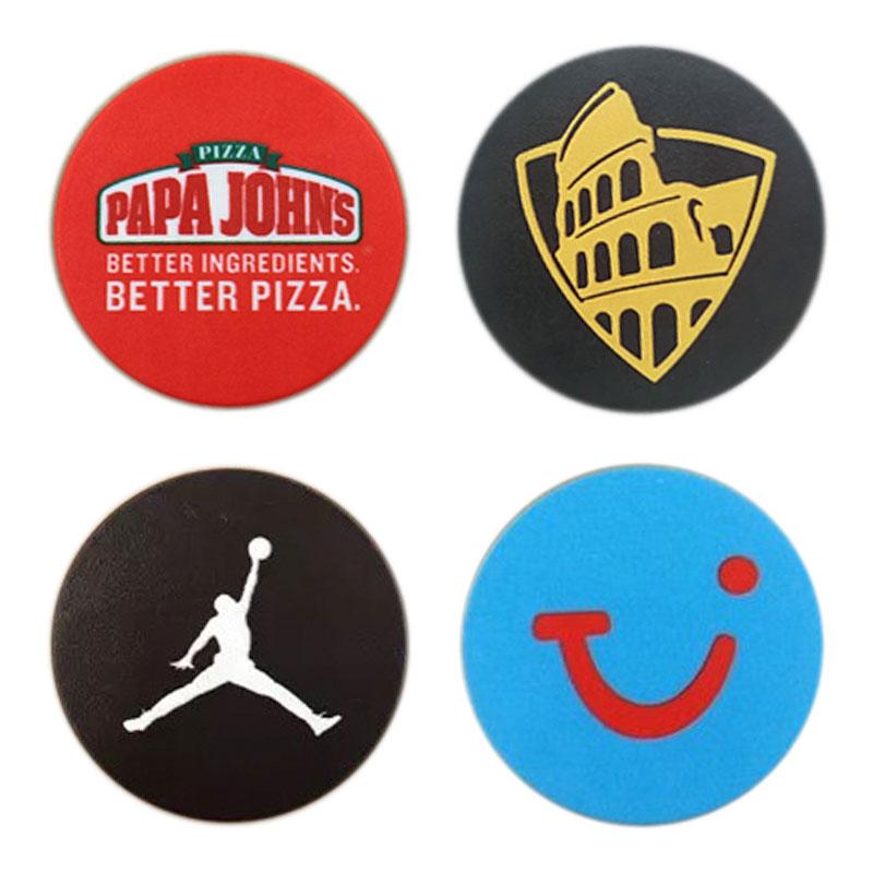 pop-up grip branding example